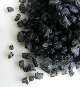 Black salt grains